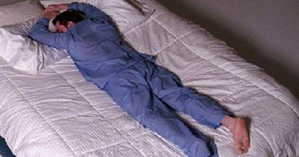 Yüz üstü yatmak günah mıdır? Uyku adabı nasıldır?