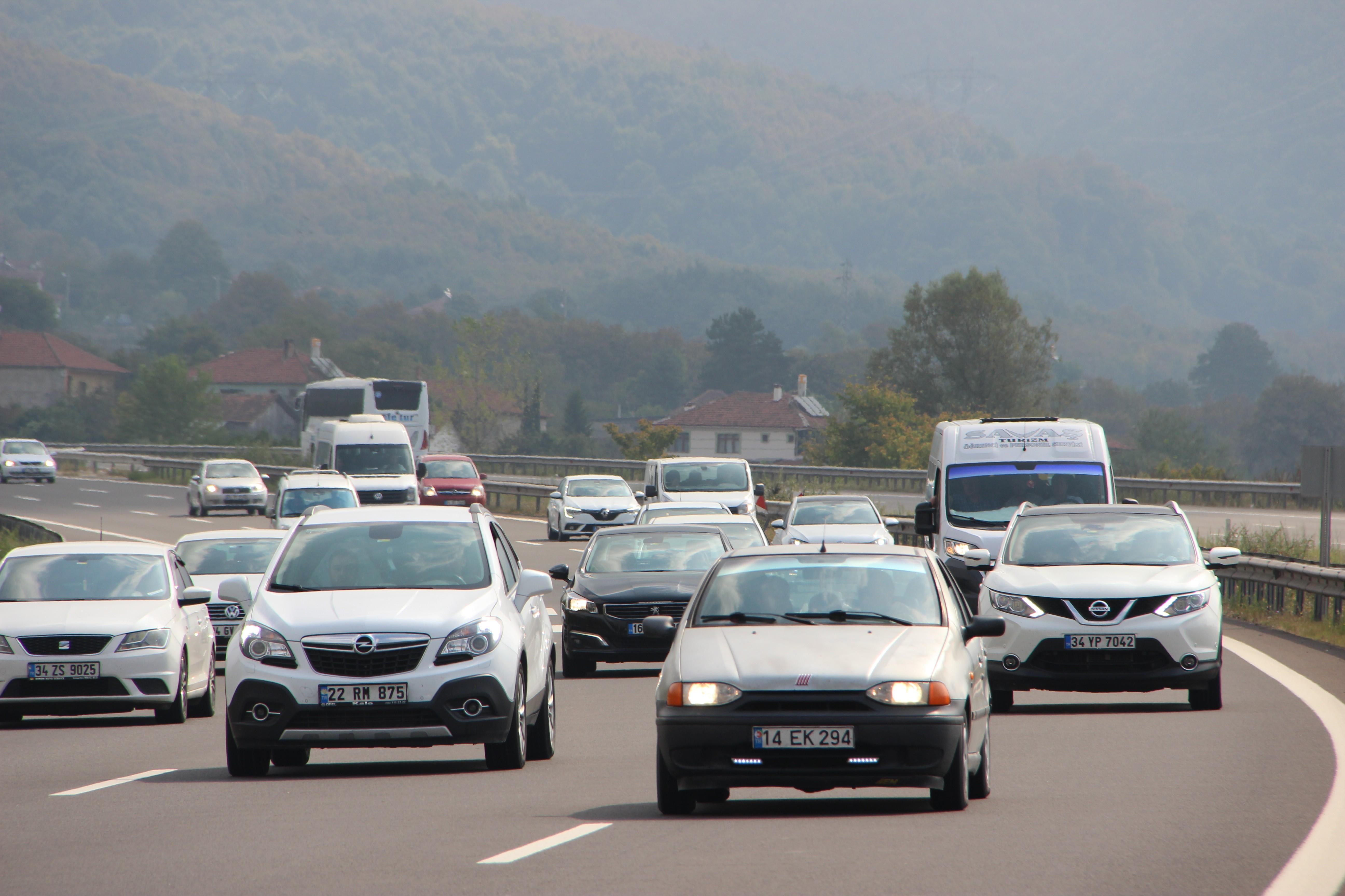 Trafiğe kayıtlı araç sayısı Ağustos ayı sonu itibarıyla 22 milyon 770 bin 658 oldu