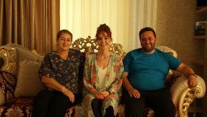 Pop Sanatçısı Gülden'den Başkan Yanmaz'a geçmiş olsun ziyareti