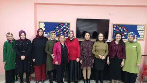 Emekli öğretmenlerle duygusal buluşma