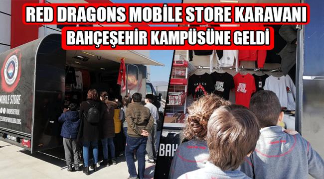 Öğrencilerden Red Dragons Mobile Store'a Yoğun İlgi
